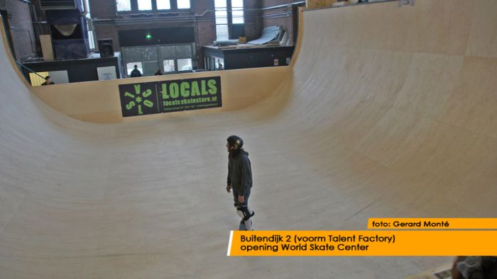 montE15287- World Skate Center