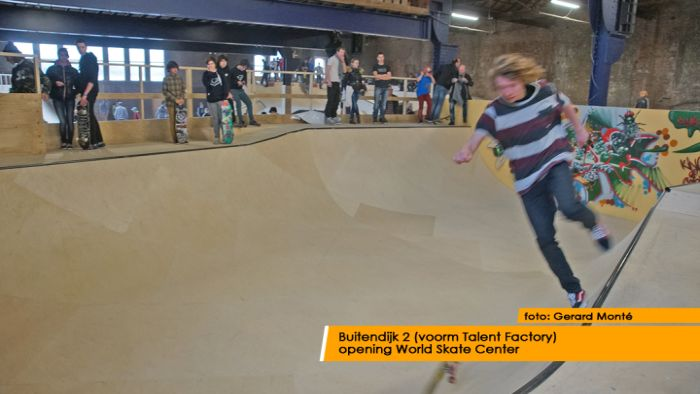 montE15285- World Skate Center
