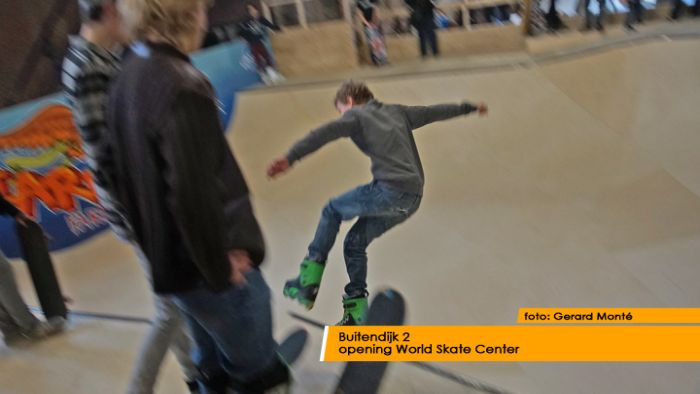 montE15291- World Skate Center