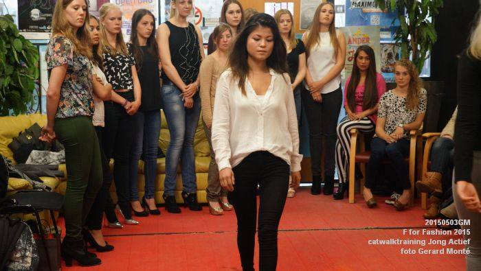 DSC04546- F for Fashion catwalktraining - 3mei2015 -  foto GerardMontE web