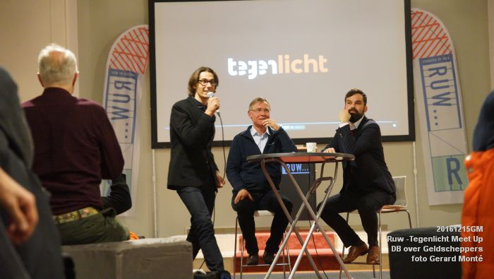 DSC02811- Ruw -Tegenlicht Meet Up Den Bosch over Geldscheppers - 15december2016 - foto GerardMontE web