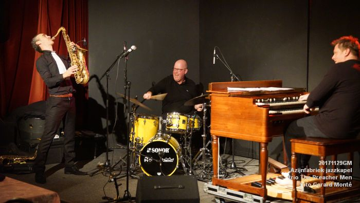 eDSC09414- Azijnfabriek jazzkapel - trio The Preacher Men - 29nov2017 - foto GerardMontE web