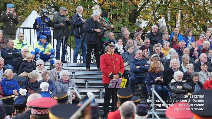DSC02771- Het muzikale slotakkoord Parade - Beating Retreat ceremony The Royal Welsh - 27okt2019 - foto GerardMontE web
