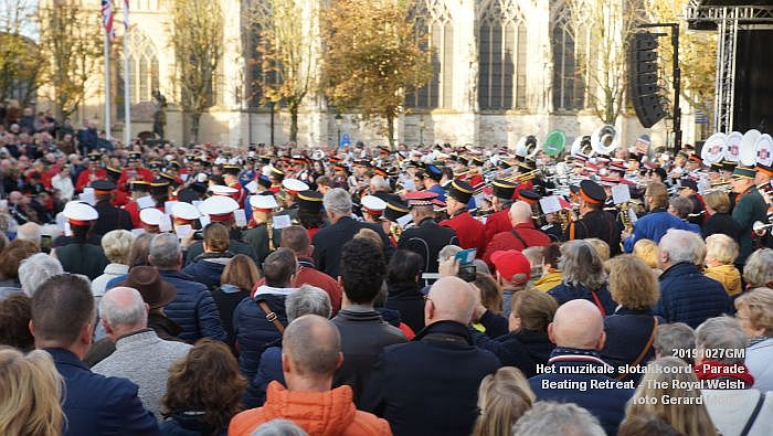 DSC02777- Het muzikale slotakkoord Parade - Beating Retreat ceremony The Royal Welsh - 27okt2019 - foto GerardMontE web