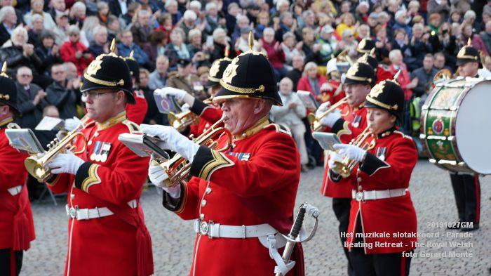 DSC02834-DSC01372- Het muzikale slotakkoord Parade - Beating Retreat ceremony The Royal Welsh - 27okt2019 - foto GerardMontE web
