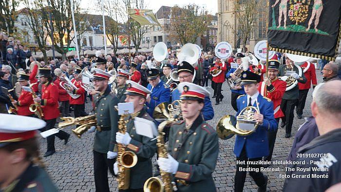 DSC02920- Het muzikale slotakkoord Parade - Beating Retreat ceremony The Royal Welsh - 27okt2019 - foto GerardMontE web